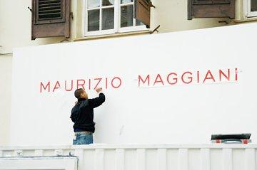 Allestimento della mostra di Maurizio Maggiani