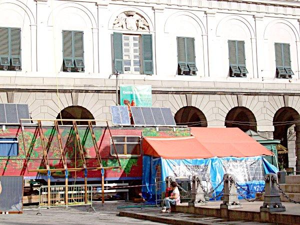 Paea, la \'casa ecologica\' in piazza De Ferrari