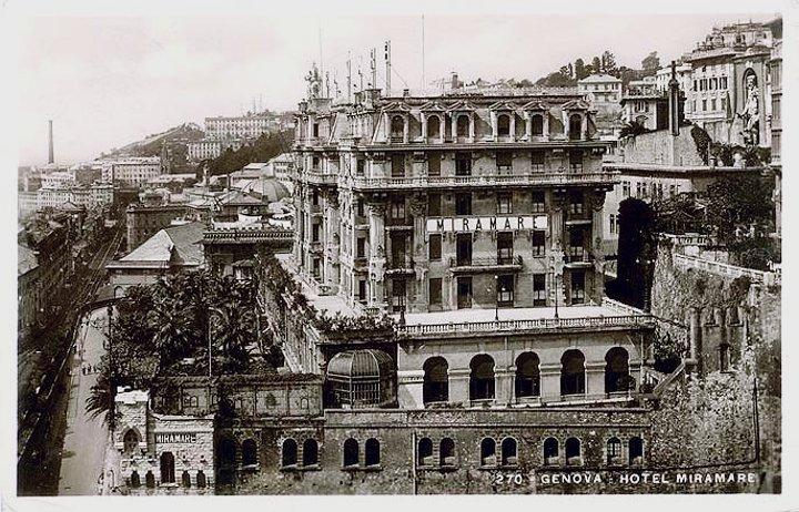 Il gigante  Doria e l'hotel Miramare