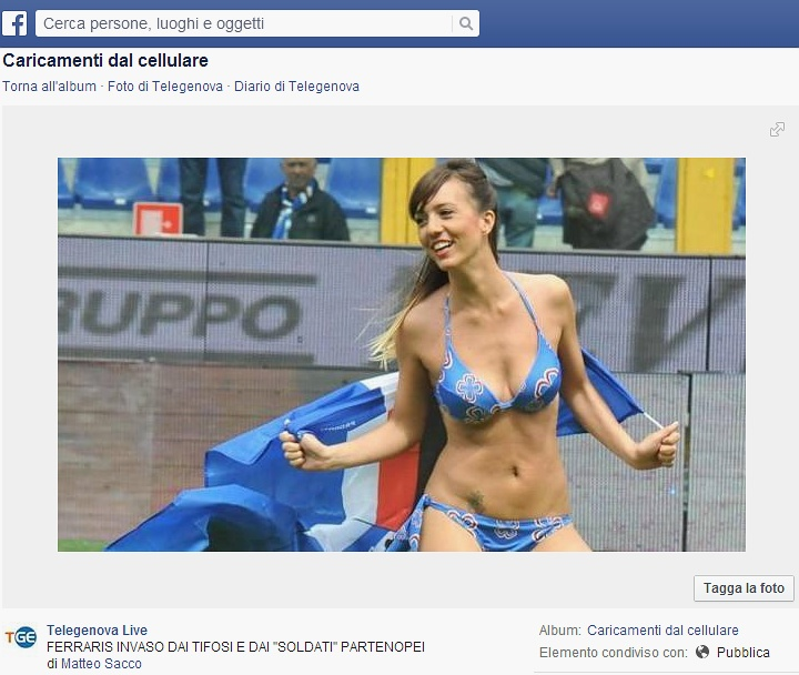 Sampdoria-Napoli, invasione di campo in bikini