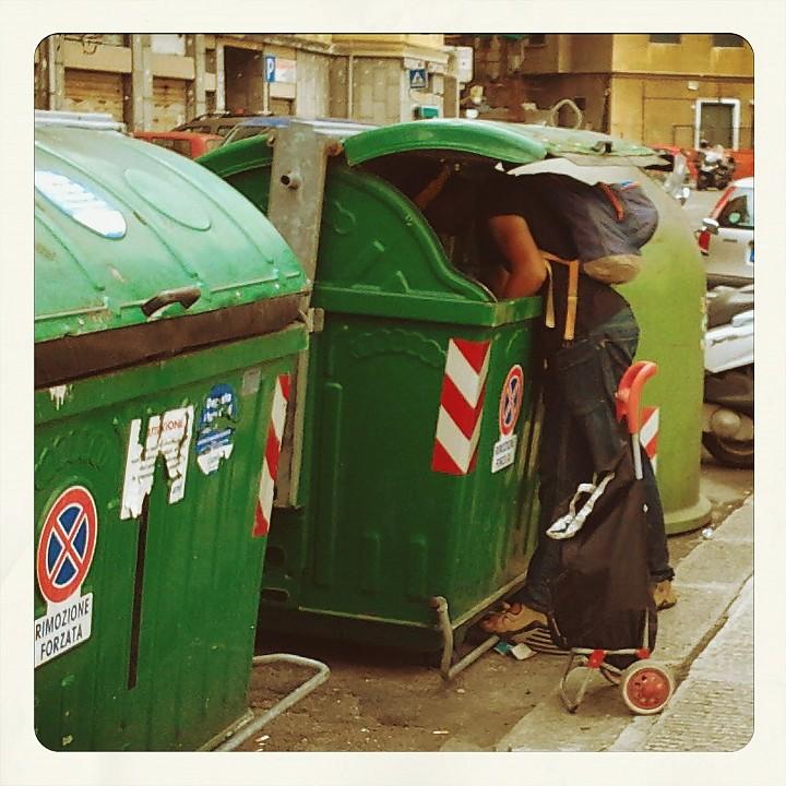 Dumpster diving, edizione (quasi) ferragostana