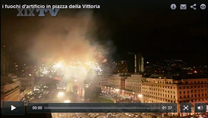 Fuochi d'artificio in piazza della Vittoria