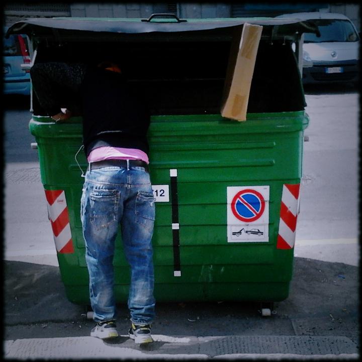Dumpster diving, edizione di metà aprile