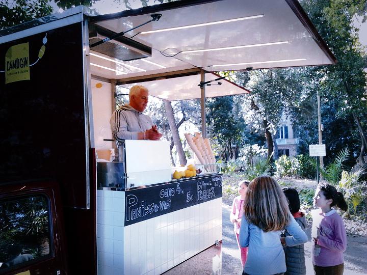 Panissette e vino bianco, il Camuggin nel parco di Villa Croce