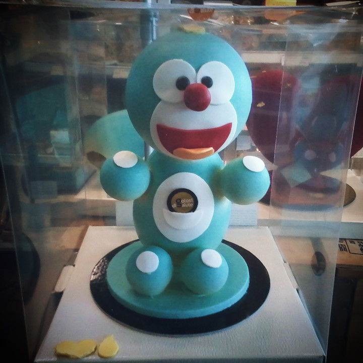 Doraemon di cioccolato da Eataly