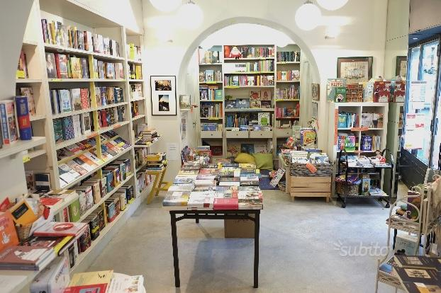 Albaro, vendesi avviata libreria